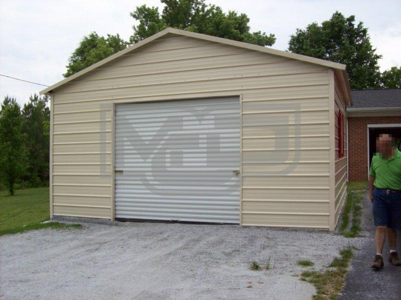 Single Car Garage with Boxed Eave Roof System