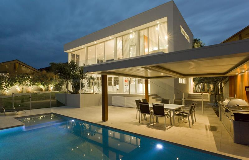 Modern House Designs - High-tech Modern Homes