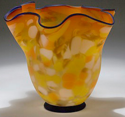 YELLOW ART GLASS Vase