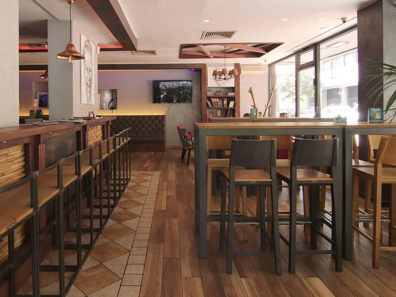 Café&bar