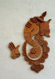 Hi I am Art Ad Handicraft Seller From Pune India