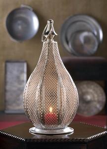 The Metal Rattan Lantern