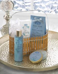 Night Rose And Sandalwood Bath Gift Set