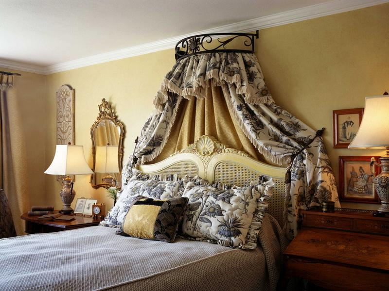 FRENCH INSPIRED DECOR